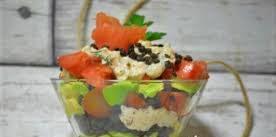 «»Белуга» с рыбкой» салат из чечевицы