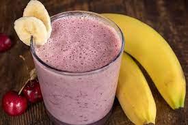 Вишнево-банановый смузи
