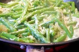 Зеленая фасоль в сметанном соусе