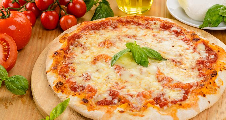 Итальянская пицца «Маргарита»
